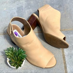 Steve Madden Nonstop Tan Leather Booties Heels 8